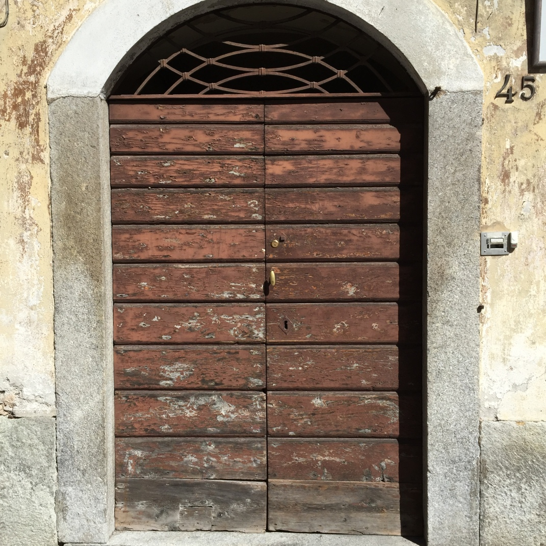 CHIAVENNA DOORS