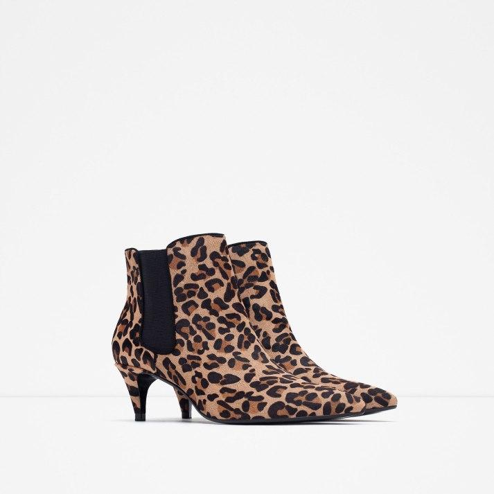 http://www.zara.com/ch/it/donna/scarpe/visualizza-tutto/stivaletto-in-pelle-tacco-stampa-c734142p2775885.html