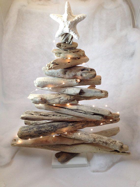 handmade-driftwood-christmas-tree-with-lights
