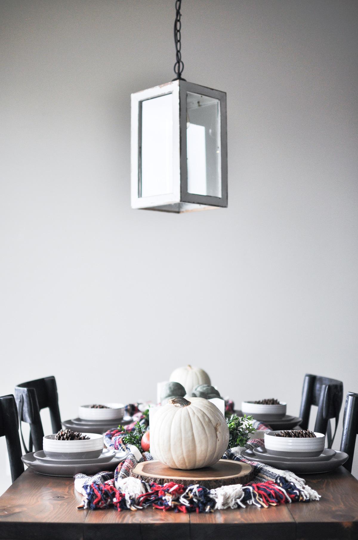 https://cherishedbliss.com/a-simple-cozy-fall-tablescape/